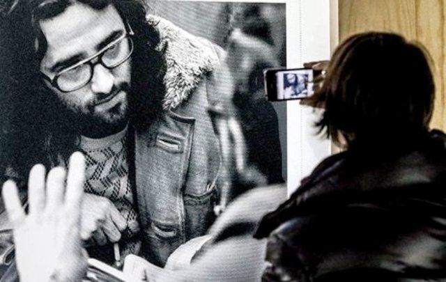 """Poema en prosa que escribió A. G. Porta en 2003, a la muerte de su amigo Roberto Bolaño y pertenece a un libro de poemas inédito: """"Cartas a los muertos"""" Un libro que consta de tres poemas, los tres dedicados a Bolaño."""