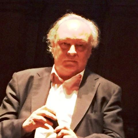 V-M en Perugia, durante la presentación de 'Kassel no invita a la lógica' en su traducción italiana.