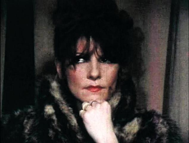 secuencia de un film de arrieta Les Intrigues de Sylvia Kouski (1973)